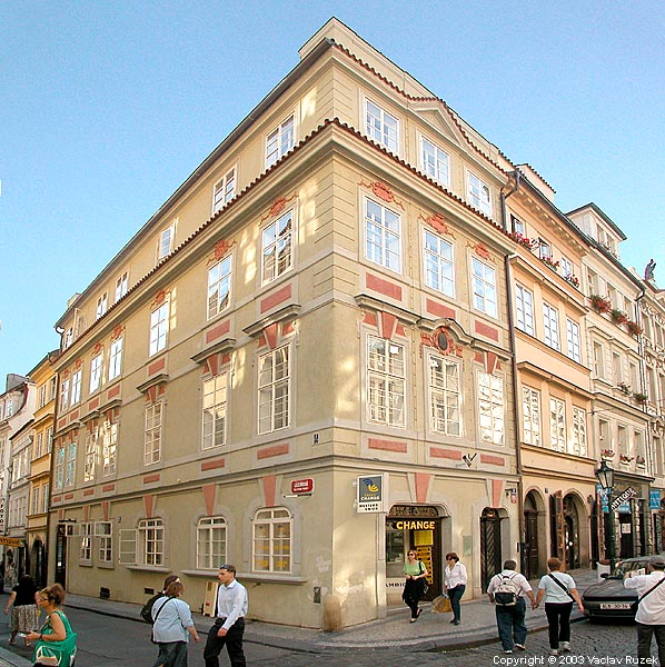 Hotel domus balthazar prague for Hotel domus balthasar prague