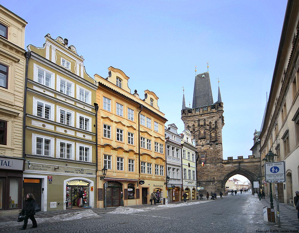 Charles bridge residence in prague for Charles hotel prague