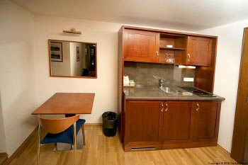 kitchenette of the suite no.7